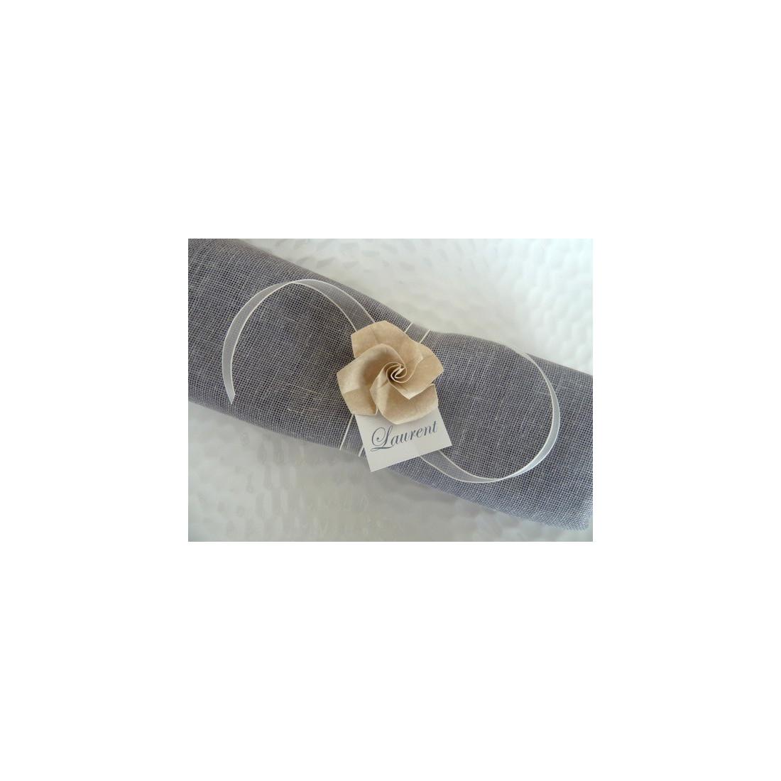 marques place rond de serviette pour mariage en origami rose beige en papier organza ivoire. Black Bedroom Furniture Sets. Home Design Ideas