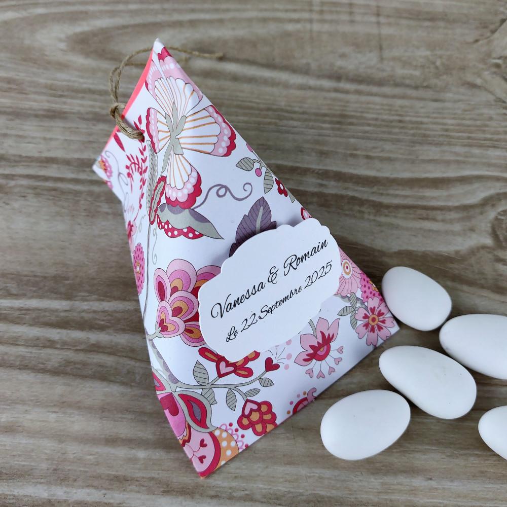 ballotin a dragées berlingot mariage ou baptême fille fleurs rose fuchsia