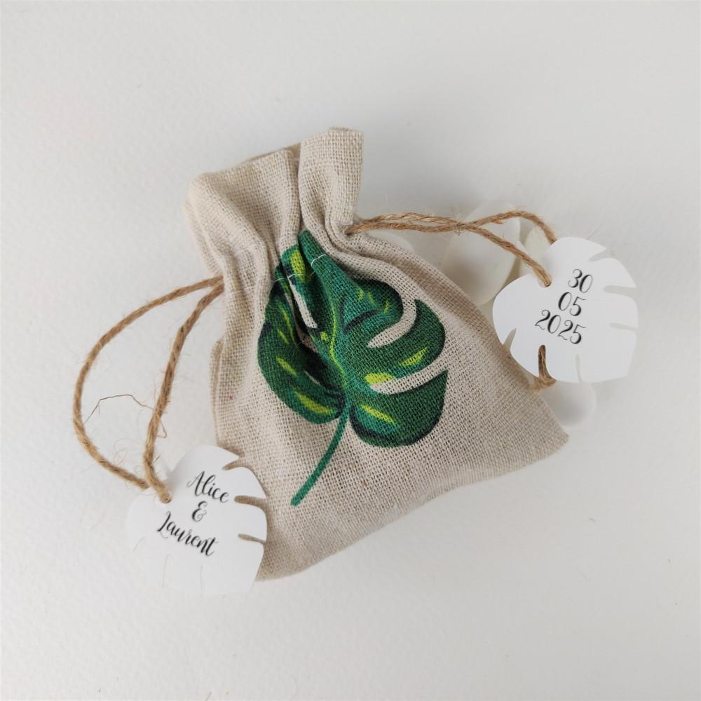 pochon a dragees lin feuille tropicale cadeau invites bapteme mariage