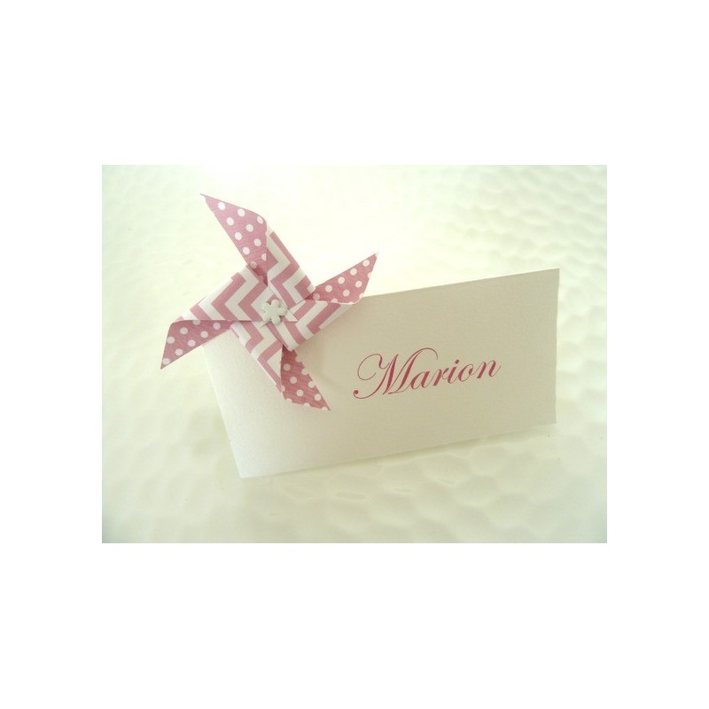 marque place moulin a vent en origami a motif pois chevron rose pour decoration de table mariage. Black Bedroom Furniture Sets. Home Design Ideas